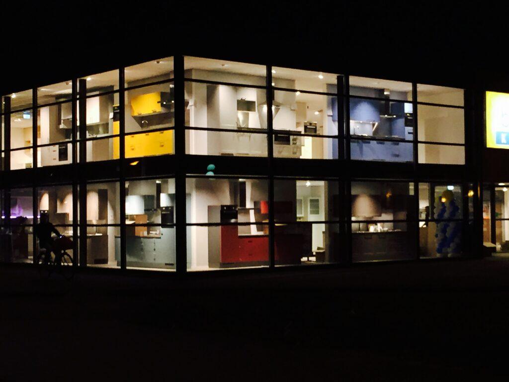 Bruynzeel Keukens Groningen 'by night' 2015
